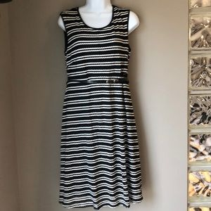 Motherhood Maternity Sleeveless Dress sz M NWT